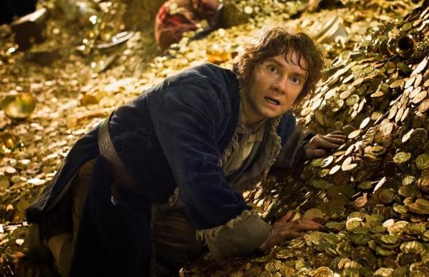 The-Hobbit-gold-pile-SMALL