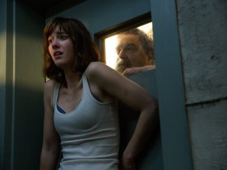 DVD-10-cloverfield-big-door